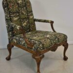 Italian-Style-Sherrill-Furniture-Carved-Armchair-with-Tapestry-Upholstery-264931987930-2