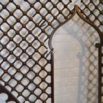VICTORIAN-LARGE-ENTRYWAY-CHERRY-BALL-STICK-FRETWORK-95-x-98-192275361921-4