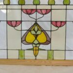 ANTIQUE-ARTS-AND-CRAFTS-STAINED-GLASS-WINDOW-32-x-505-193725225732-2