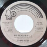 FUNK-SOUL-45RPM-BY-LUNAR-FUNK-MR-PENGUIN-PART-1-PART-2-BELL-RECORDS-191903432063-4
