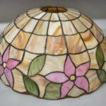 Antique-Leaded-Slag-Glass-Lamp-with-Tulip-Design-by-Unique-Art-Glass-Lamp-Co-264909013394-5