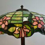 Antique-Leaded-Slag-Glass-Table-Lamp-Floral-Pattern-265237147894-2