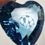 Swarovski-Blue-Cut-Glass-Crystal-Heart-2006-265089395514-4