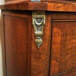 Vintage-Henredon-Lighted-Curio-Cabinet-Bronze-Mounts-Glass-Shelves-Mirrored-Back-265207984304-7