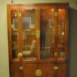 Henredon-Asian-Style-Cherry-Campaign-Lighted-China-Display-Cabinet-264504182286-3