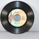 LOT-OF-10-FUNK-SOUL-MOTOWN-45RPM-ISLEY-BROTHERS-ARETHA-FRANKLIN-ISAAC-HAYES-191881217207-2