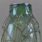 Iradized-Threaded-Art-Glass-Vase-Hanging-Hear-Pattern-264789509768-2