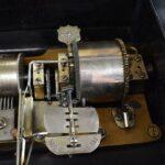 11-Cylinder-Music-Box-Ideal-Piccolo-Ten-Tune-Burl-Wood-Case-Inlay-Design-194219936009-8