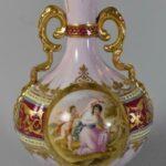 Royal-Vienna-2-Handled-Vase-2-Scenes-Winged-Cherub-Garden-Scene-8-264914724129