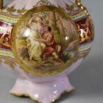 Royal-Vienna-2-Handled-Vase-2-Scenes-Winged-Cherub-Garden-Scene-8-264914724129-4